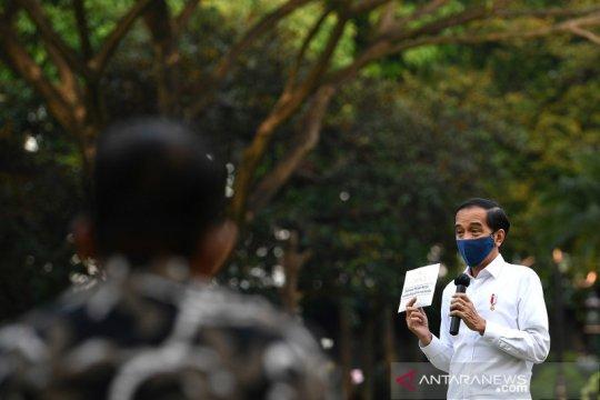 Di depan usaha kecil, Presiden Jokowi beri optimisme omzet akan naik
