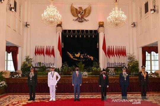 Kemarin, KRI tenggelam hingga disiplin kesehatan COVID-19 TNI