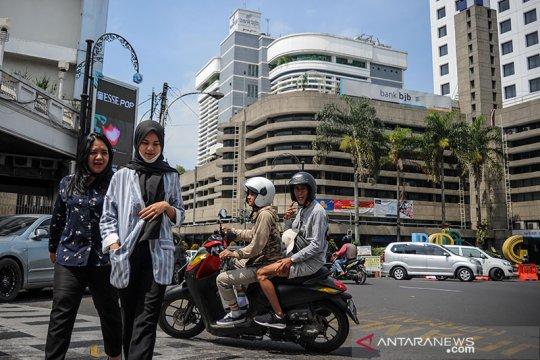Ridwan Kamil teken pergub terkait denda tak pakai masker