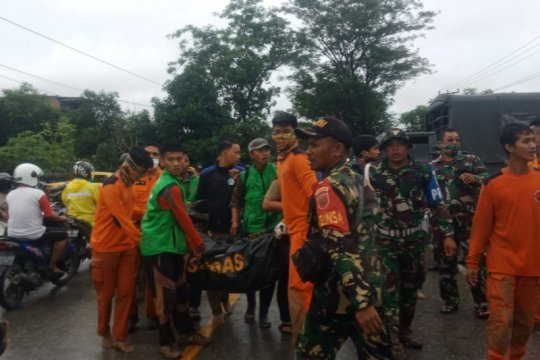 Korban jiwa banjir bandang Masamba bertambah menjadi 13 orang