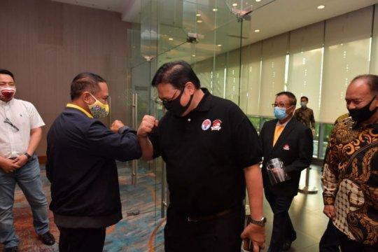 Pengurus dayung dan wushu berlatih manajemen strategi olahraga