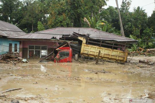 Banjir bandang terjang sejumlah lokasi di Kabupaten Luwu Utara