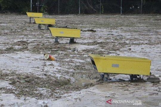 Banjir bandang Luwu Utara, bandara lumpuh tertutup lumpur