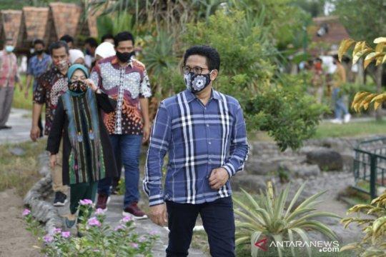 Gus Menteri minta kades bantu korban banjir bandang Masamba