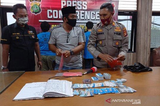 Pemeras pedagang di Jakarta Barat resmi jadi tahanan Kejaksaan