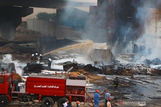 Kebakaran pipa minyak mentah di Kairo