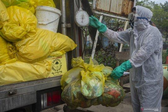 DLH: Pemakaian  masker dan sarung tangan selama pandemi meningkat