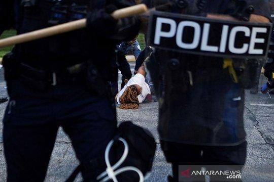Trump sebut 'lebih banyak orang kulit putih' terbunuh oleh polisi AS