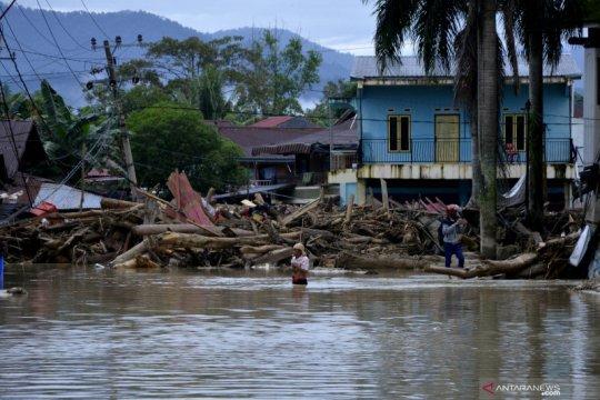 XL Axiata upayakan jaringan beroperasi saat banjir di Luwu Utara
