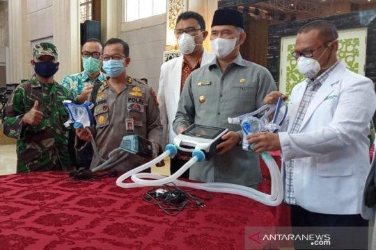 Kota Jambi terima bantuan alat bantu pernapasan dari Singapura