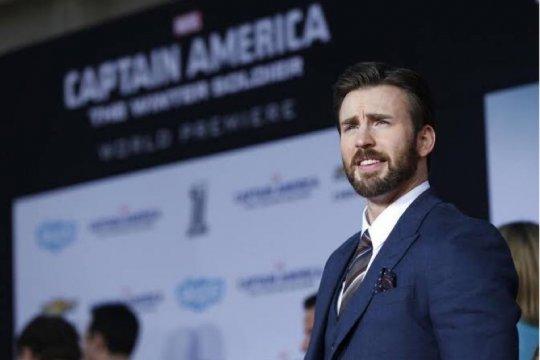 Chris Evans akan berikan perisai Captain America untuk bocah 6 tahun
