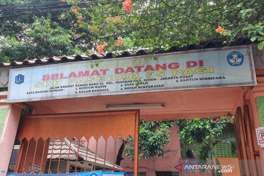 Rumahnya terbakar, 64 KK di RW 007 Paseban harus mengungsi