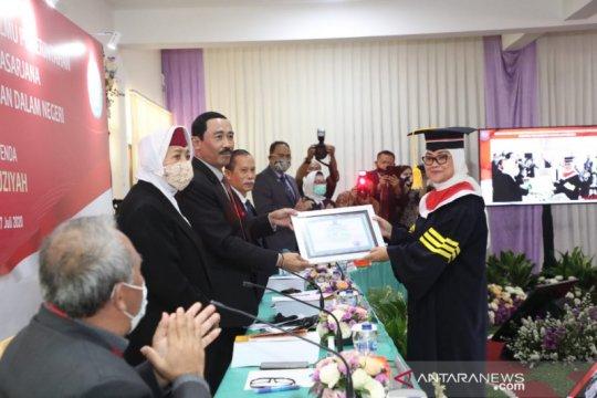 Menaker Ida Fauziyah raih gelar doktor dari IPDN