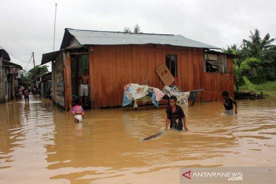 Banjir merendam kota Sorong