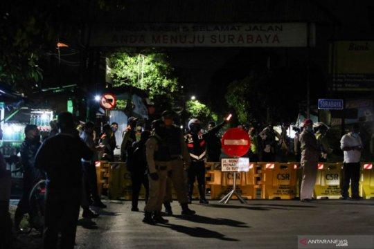 Sejumlah warga minta Jalan Rungkut Menanggal Surabaya dibuka lagi