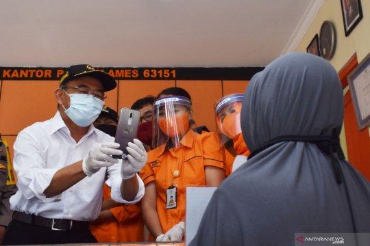 Menko PMK apresasi penyaluran BST di Madiun