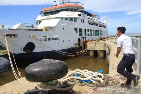 Dihadang badai hebat, KMP Teluk Sinabang selamat kembali ke Simeulue