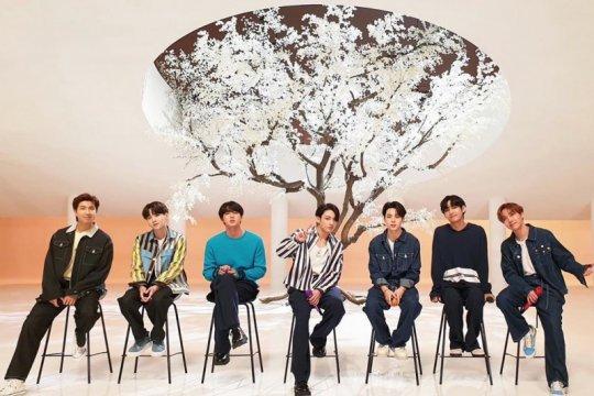 BTS cetak penjualan 1 juta album di 2020, samai The Beatles