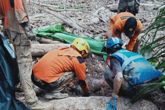 SAR Unhas fokus bantu bencana banjir Masamba