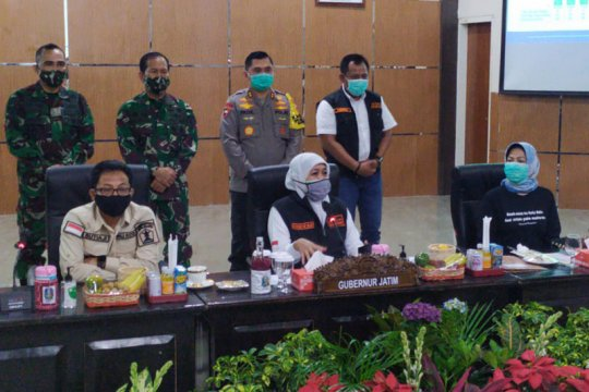 Gubernur minta kepala daerah kendalikan penyebaran COVID-19