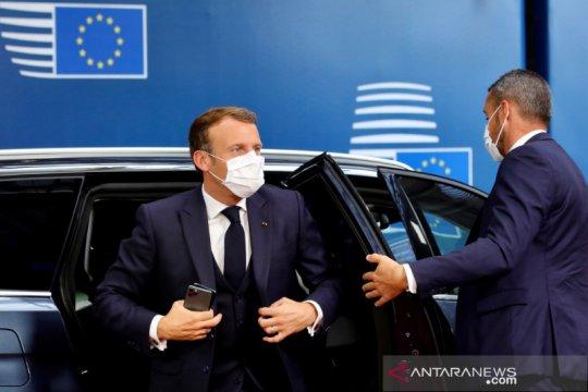 Bertemu oposisi Belarus yang diasingkan, Macron janjikan bantuan