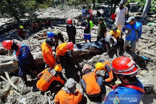 Lembaga kemahasiswaan FT Unhas bantu bencana di Masamba