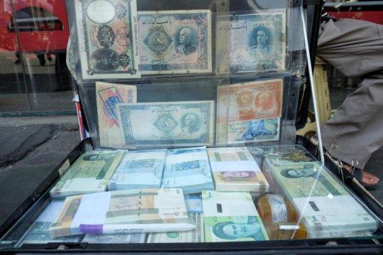 Mata uang rial Iran sentuh titik terendah baru di pasar tidak resmi