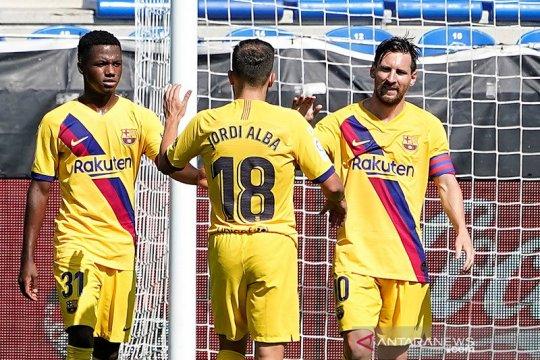 Barcelona tutup musim dengan pesta lima gol ke gawang Alaves