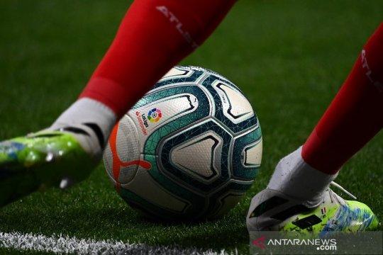 Valencia kembali ke puncak setelah menang di kandang Sociedad