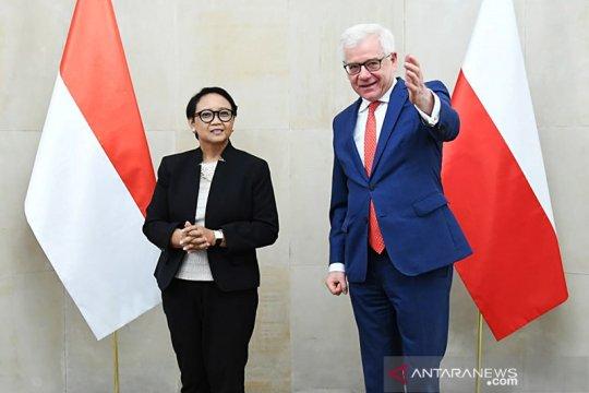 Menlu Polandia beri sinyal kemungkinan bakal mundur