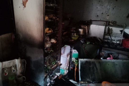 Dua pekerja warteg luka bakar akibat gas bocor