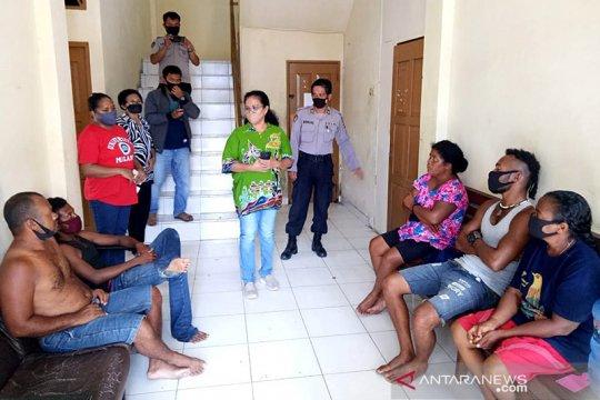 Terombang-ambing seminggu di laut, enam warga PNG diselamatkan nelayan