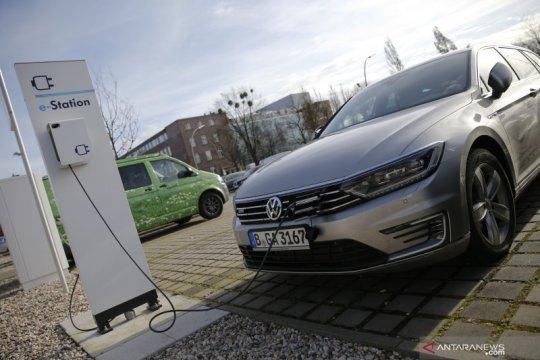 Volkswagen siapkan 150.000 stasiun pengisian listrik mulai bulan depan