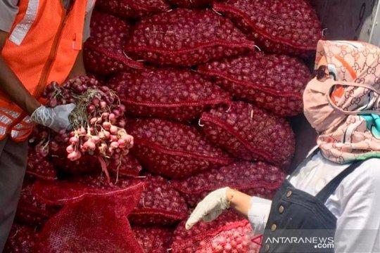 Balai Karantina Pertanian dan PT CMS ekspor bawang merah ke Thailand