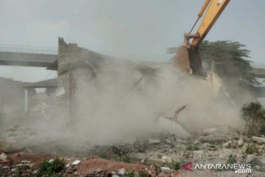 24 bangunan di Cipinang Melayu dibongkar untuk kereta cepat