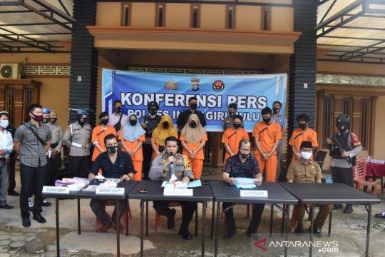 """Ibu anak dan menantu di Indragiri Hulu Riau """"kompak"""" bisnis narkoba"""