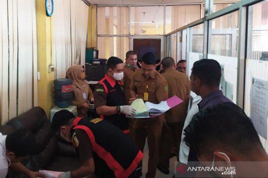 Kejati geledah Dinas Pendidikan Riau terkait dugaan korupsi