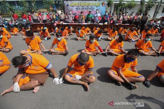 Polrestabes Surabaya ringkus ratusan bandit jalanan