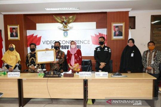 KPAI berikan penghargaan kepada Pemrov Kepulauan Riau