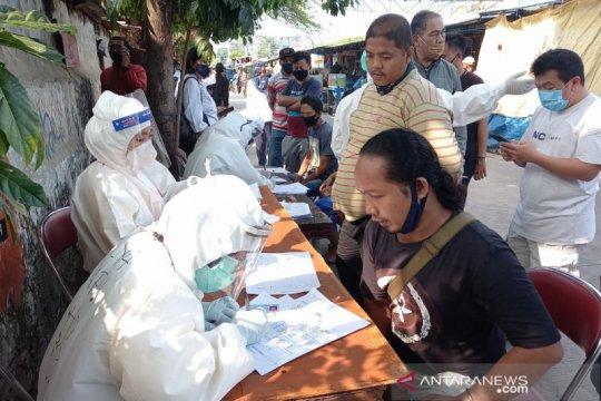 80 pedagang UKM Jakarta Pusat jalani tes usap massal