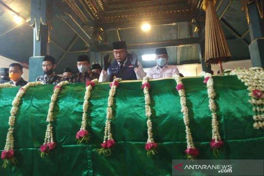 Gubernur Jabar sampaikan belasungkawa wafatnya Sultan Sepuh Cirebon