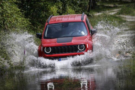 Jeep Compass dan Renegade PHEV 4Xe akan hadir di Eropa pada September