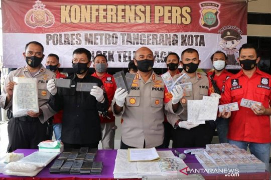 Polres Metro Tangerang ungkap peredaran dolar palsu