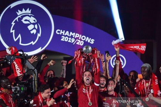 Klasemen Liga Inggris selepas Liverpool jalani upacara angkat trofi