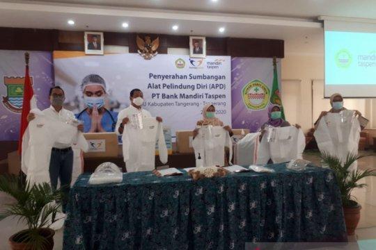 Bank Mantap salurkan bantuan APD hasil donasi pegawai