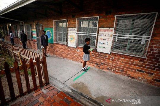 Kasus corona melonjak, Afrika Selatan tutup sekolah negeri