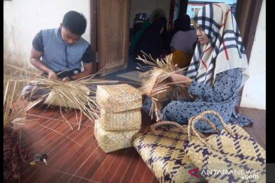 Wakil Ketua MPR minta ekonomi di desa diperkuat atasi ancaman resesi