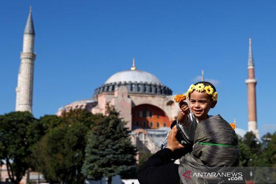 Jelang shalat Jumat perdana di Hagia Sophia sejak keputusan perubahan fungsi
