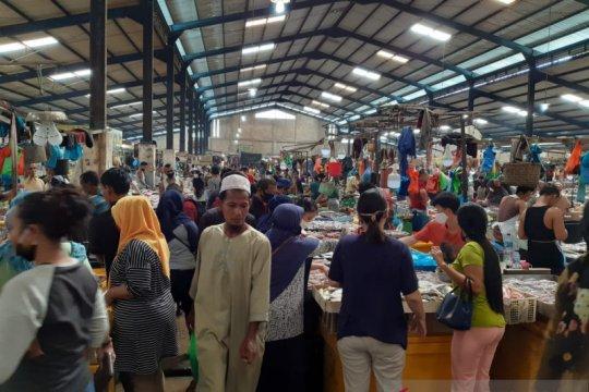 Pedagang di Pasar Bintan Centre tidak terapkan protokol kesehatan