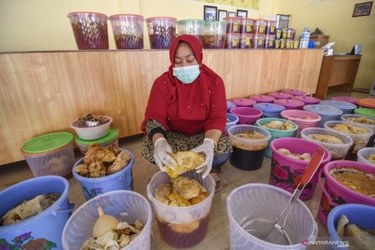 Produk UMKM madu hutan Sumbawa